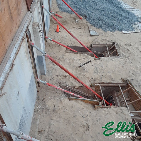Propping and Shoring Retaining Wall With Ellis Heavy Duty Steel Shores