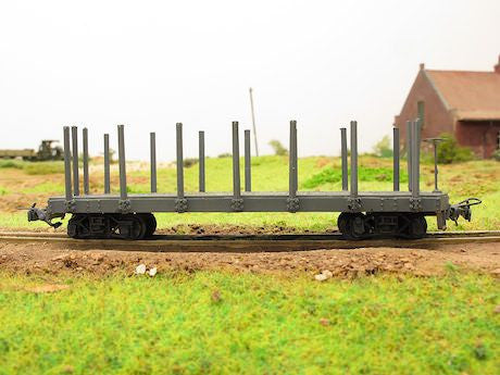Pershing flat car with side stakes