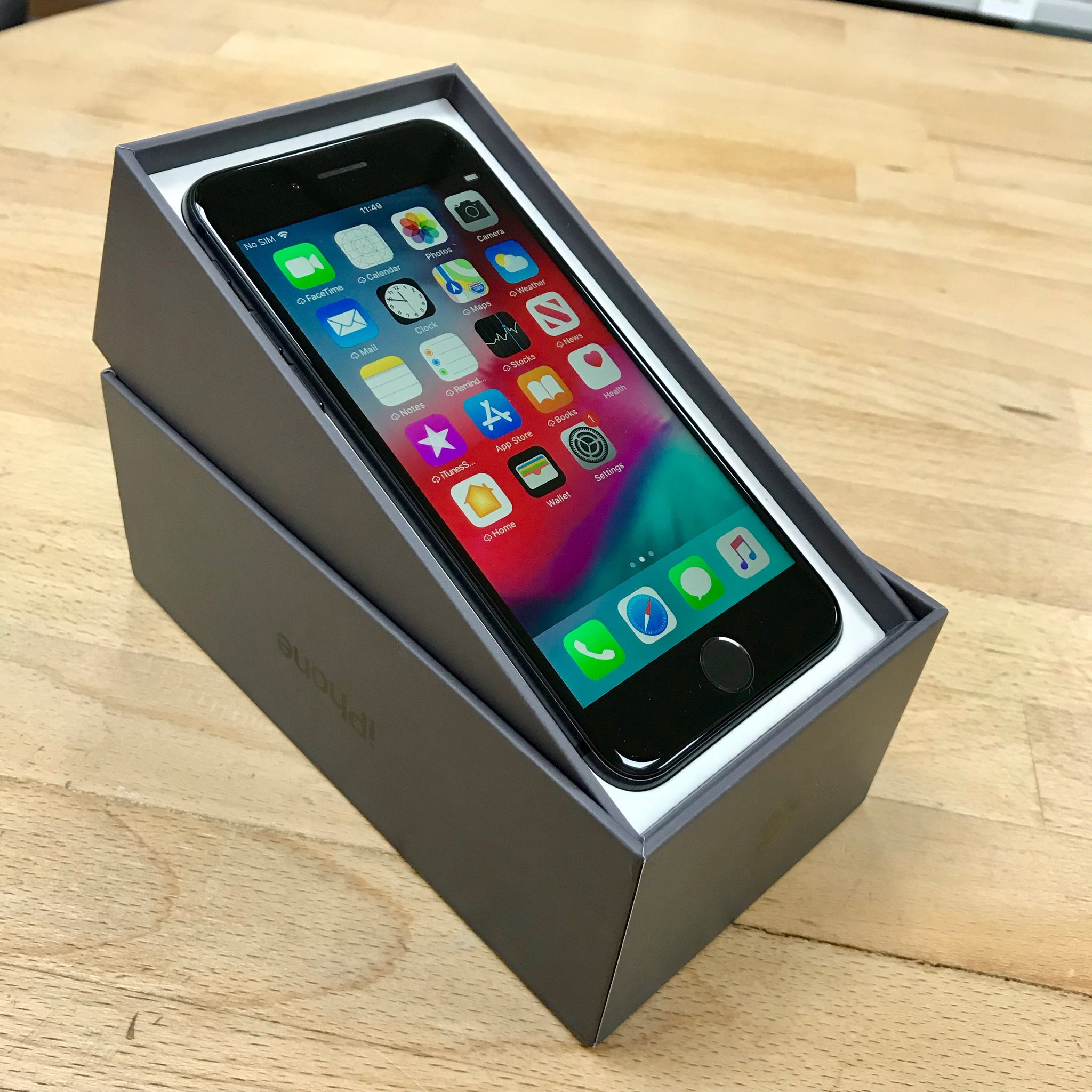iPhone 8 64GB Space Grey UNLOCKED