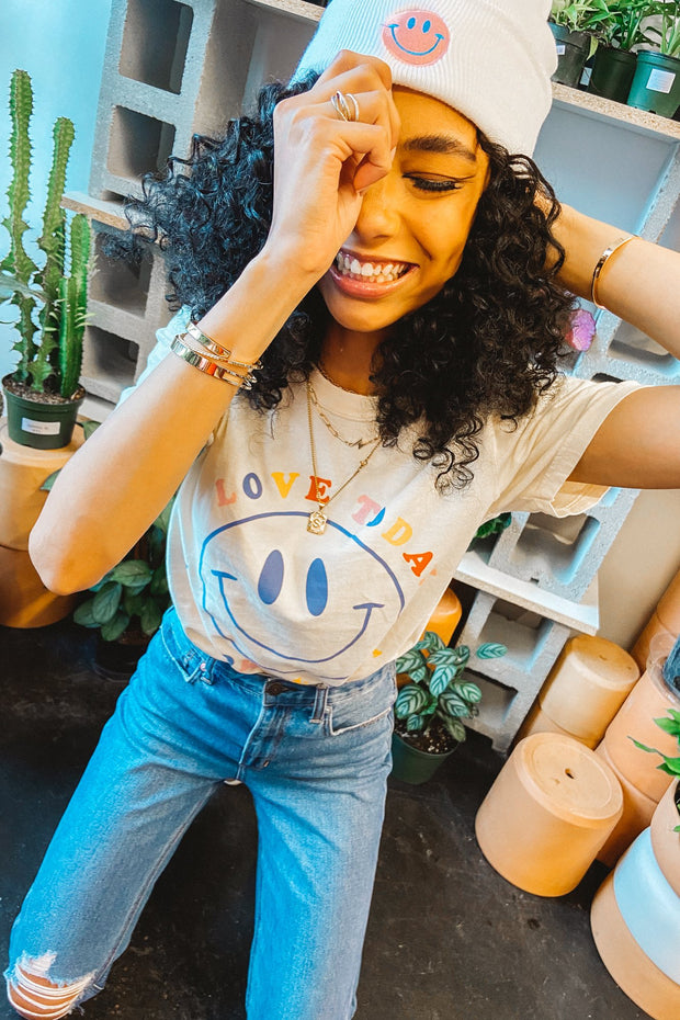 Graphics - Love Today Smiley Face Tee