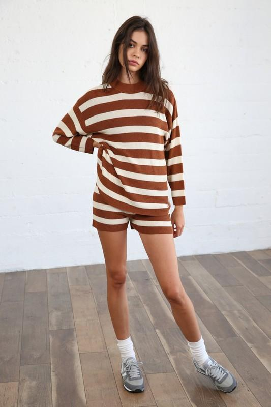 Shorts - The Kailee Striped Shorts In Camel