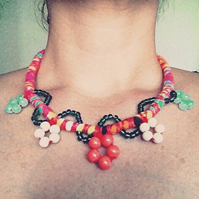 Flowers and Beads Necklace