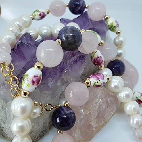 Rose Quartz, Amethyst and Pearls Bracelet. Handmade genuine gemstone bracelet by D'Mundo Accessorios. Adjustable Bracelet. Unconditional Love and Friendship Bracelet.