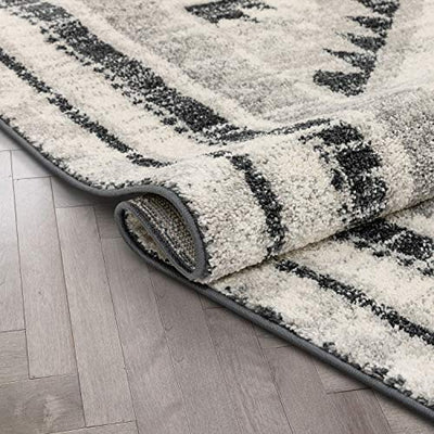 Well Woven Malfi Pisa Aztec Tribal Southwestern Grey