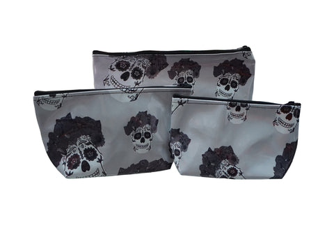 Grey Catrina Make-Up Bag