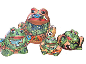 Open image in slideshow, Terracota Painted Frogs