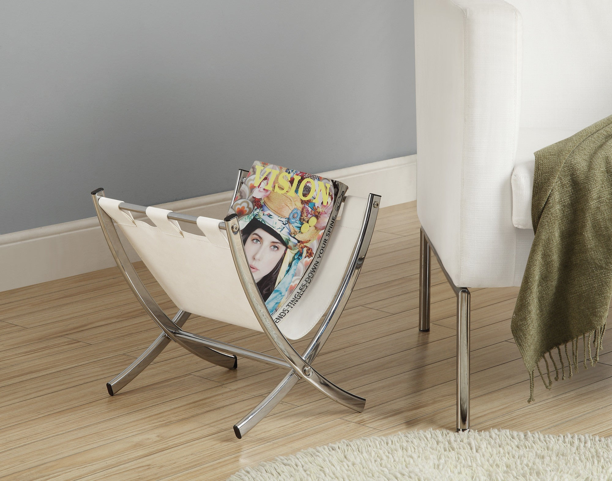 Candace & Basil Magazine Rack - White Leather-Look / Chrome Metal