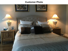 Load image into Gallery viewer, Venice Platform Queen Bed - Grey Linen