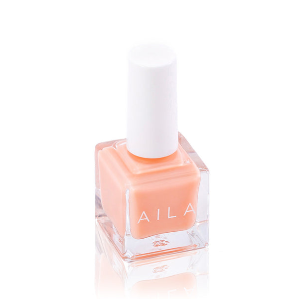 MS. MARTIN <br> Nail Lacquer ( Perfect pink nude )