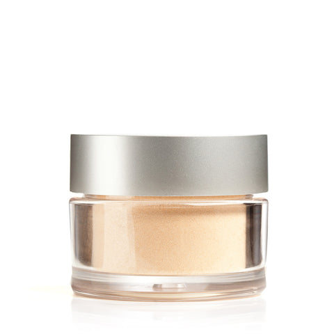 MINERAL FOUNDATION <br> Lightweight powder with buildable, long lasting, light-reflecting coverage. 8.5g