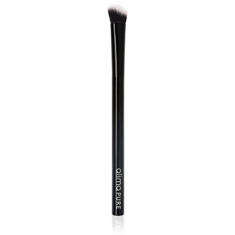 MINI BLENDING BRUSH <br> For expert eyeshadow blending using softly angled Taklon bristles