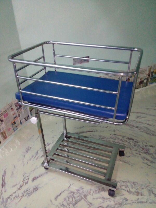 Crib with stand (SS - Model)