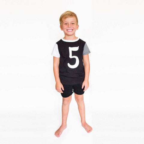 NUMBER KIDS TEE - Black
