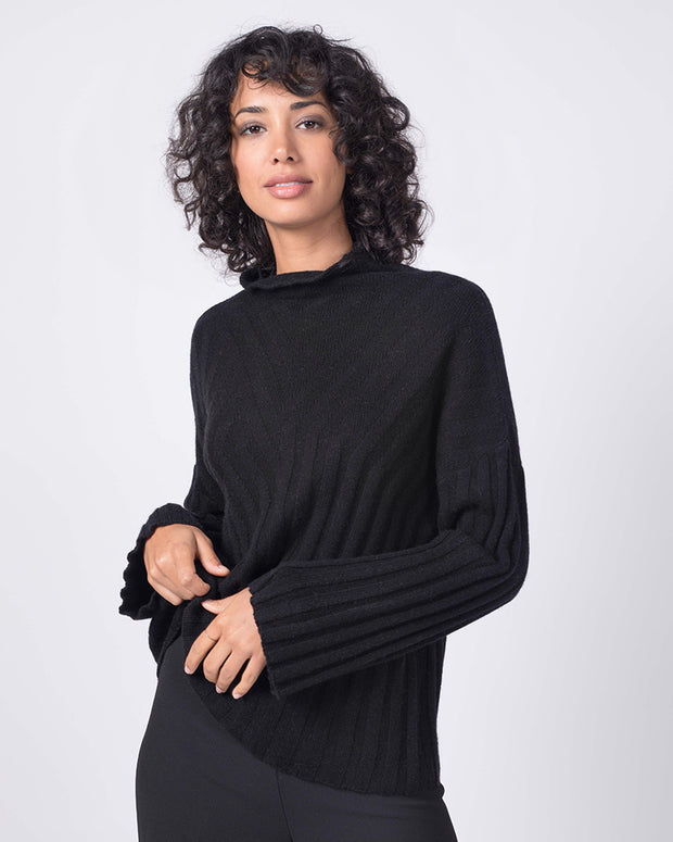 Quinn Cashmere, Wool Cashmere, Sustainable Cashmere, Cozy, Best Cashmere, Quinn New York, Cashmere Luxury, Womens Cashmere