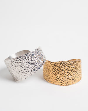 Kendra Phillip Textured Bangle