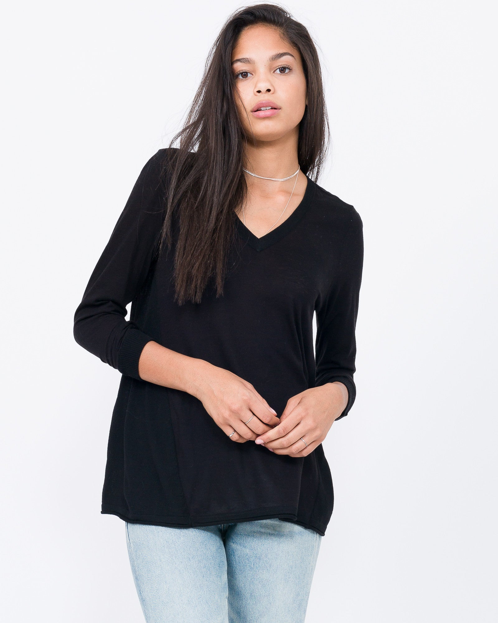 black cotton tee shirt for girls
