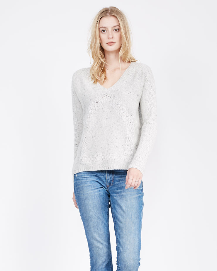 Frost Sweater with v neck