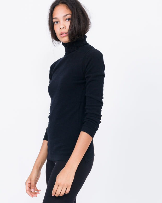 black basic cashmere turtle neck