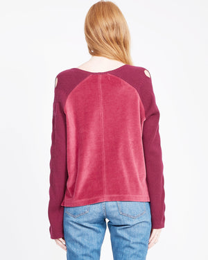 women's raglan sleeve sweatshirt