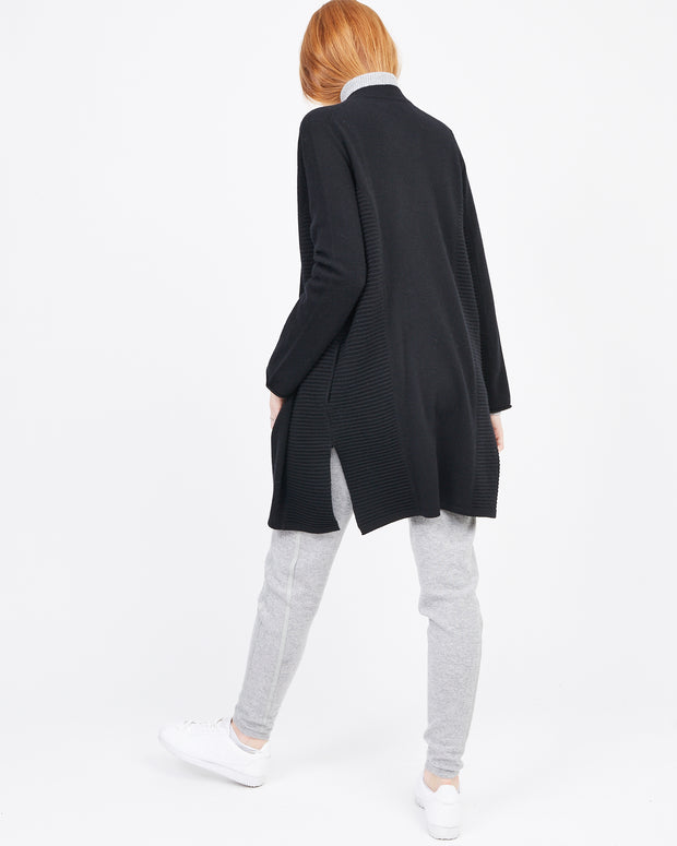 Women's essential cardigan black
