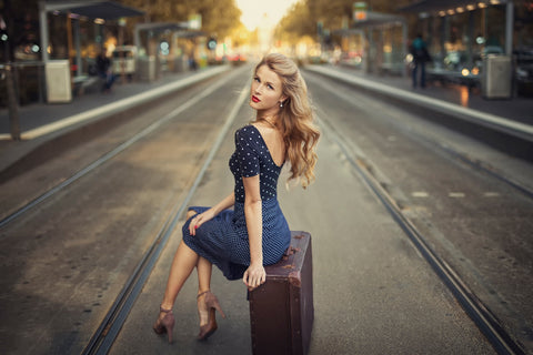 lady-model-suitcase-blue