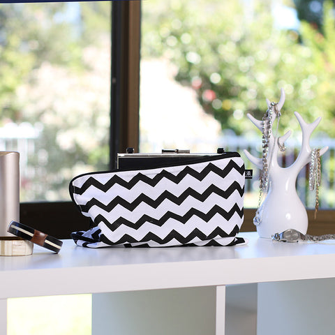 Chevron-cotton-bag-for-handbags-packing-cells-travel