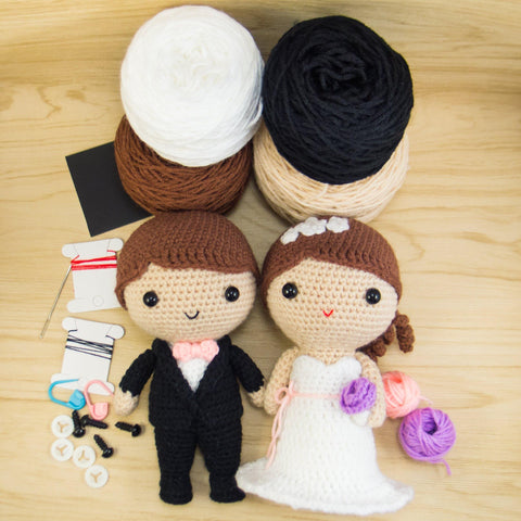 Bride and Groom Amigurumi Kit