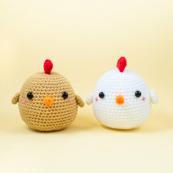 Stuffed chicken amigurumi pattern