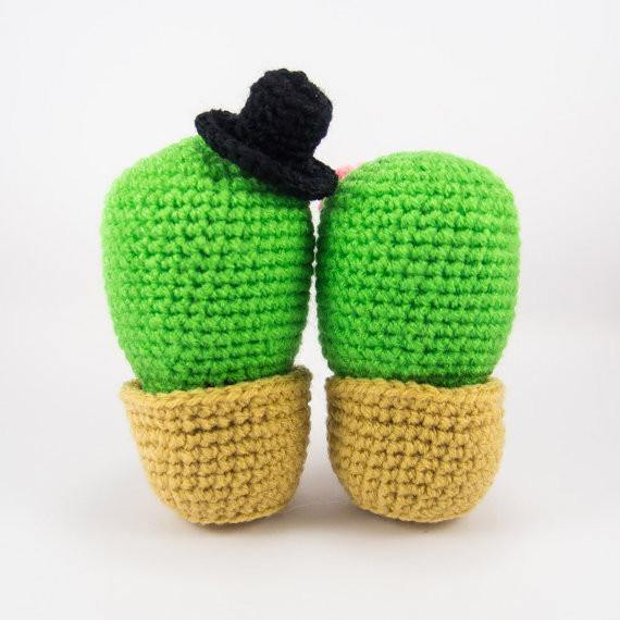 Back View Cactus Couple Amigurumi Pattern