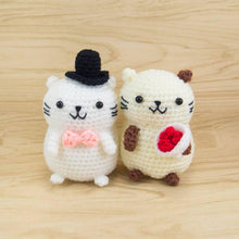 Load image into Gallery viewer, Crochet Stuffed Animals Pattern - Couple Cat for Valentine's Day