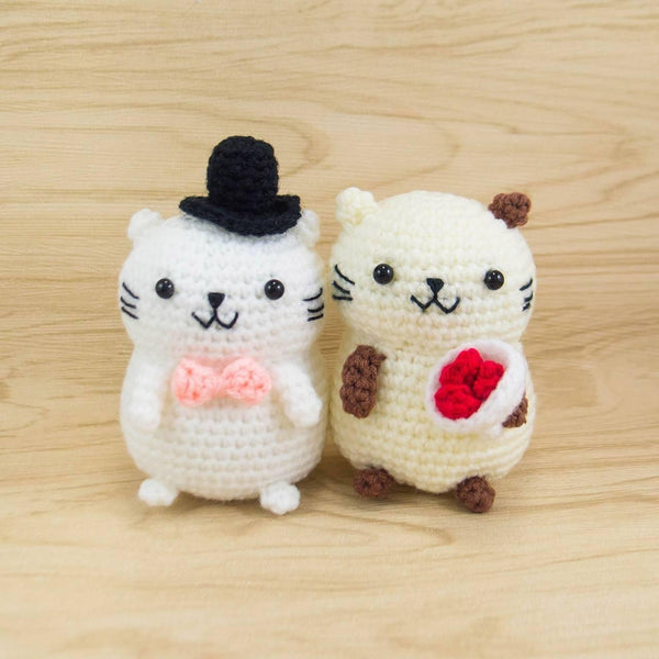 Crochet Stuffed Animals Pattern - Couple Cat for Valentine's Day