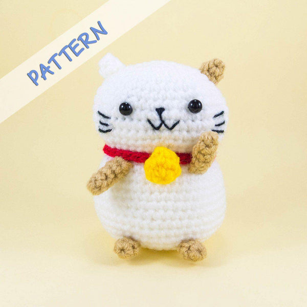 Lucky Cat Amigurumi Pattern
