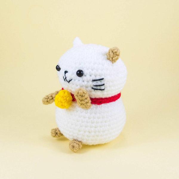 Amigurumi Lucky Cat Plush