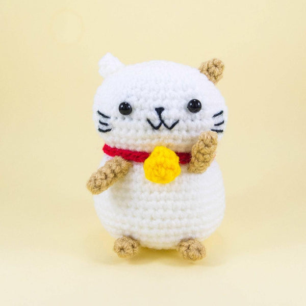 Crochet Lucky Cat Amigurumi