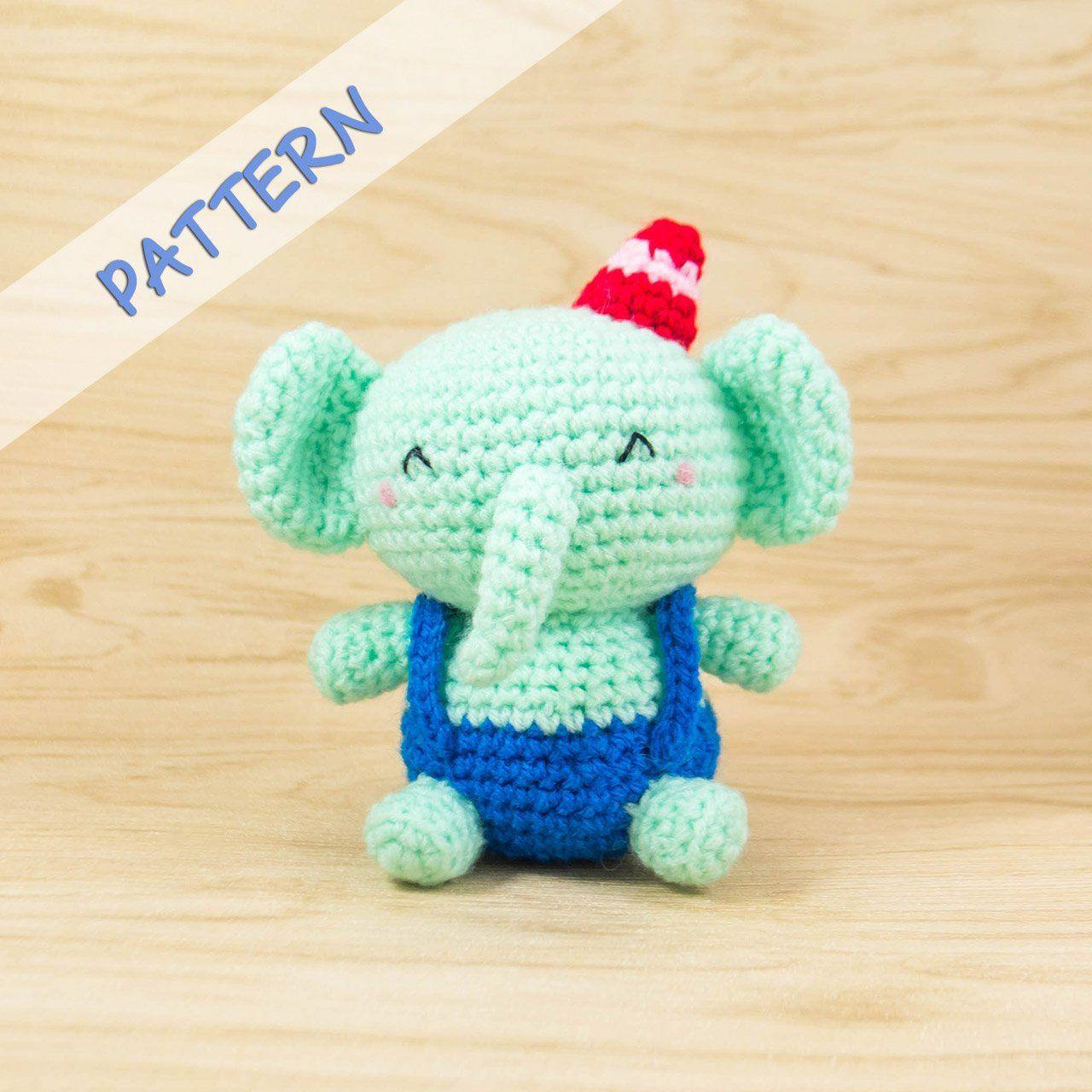 Free Crochet Pattern: Elephant Appliqué - Natalina Craft | 1280x1280