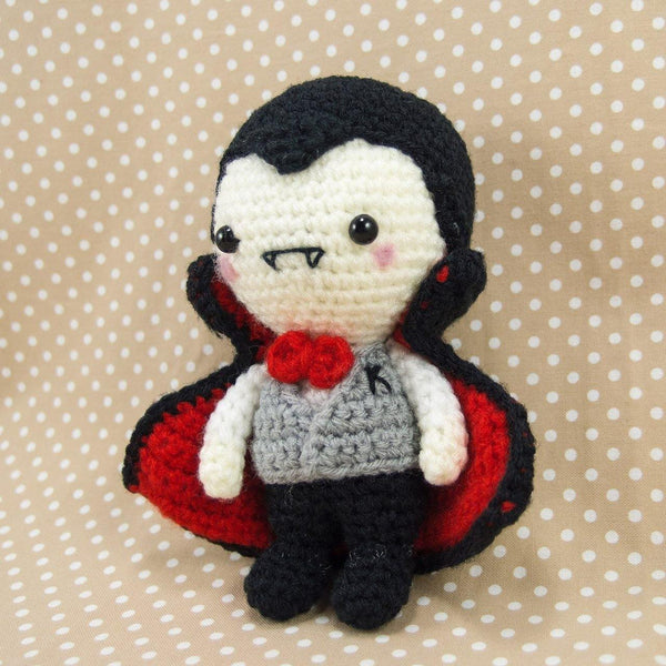 Vampire Crochet Toy for Halloween Ornament