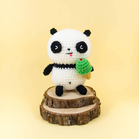 Pao Pao the Panda Amigurumi