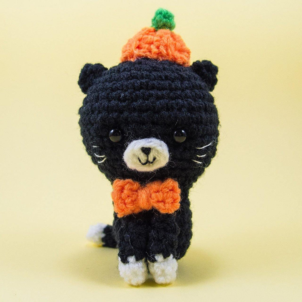 Pumpkin the Cat Amigurumi