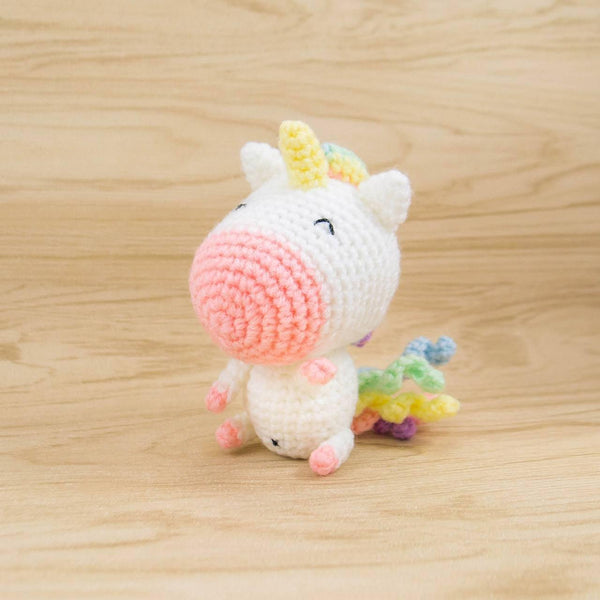 Amigurumi Unicorn Anleitung : Rainbow Unicorn Amigurumi Snacksies Handicraft