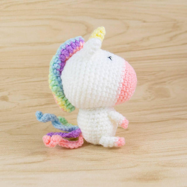 unicorn toy side view