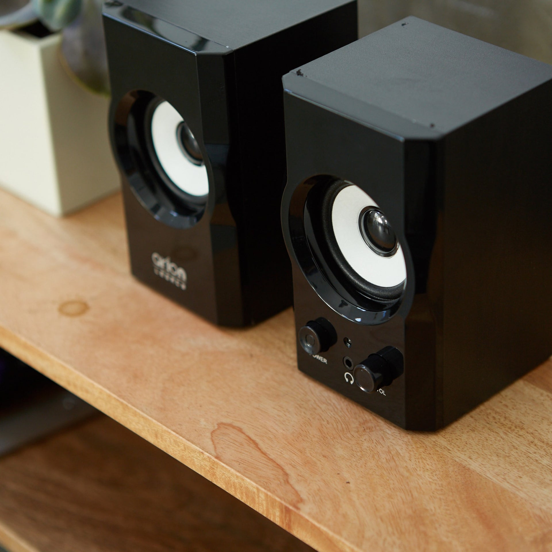 Arion Legacy AR302 2.0 Speakers 12W