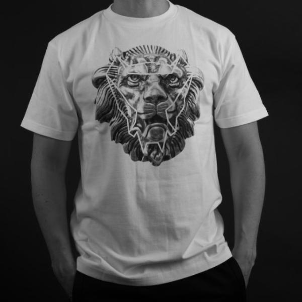Stone Lion Night Wolf Statement Printed T-shirt