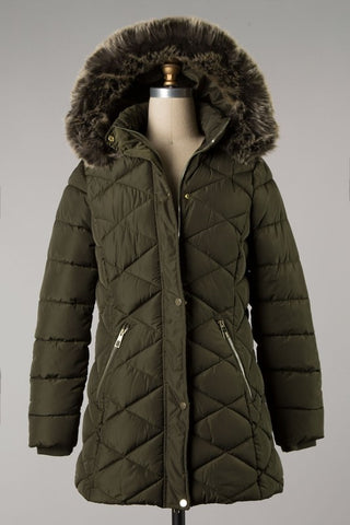 Diamond Quilted Puff Coat w/ Fur Hood Olive