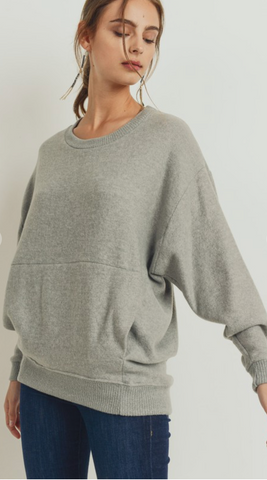 *Brushed Fleece Dolman Top with Pockets in Heather Grey