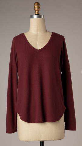 *Cassidy Round Neck Top in Wine