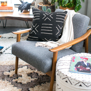 Modern Boho | Black Mudcloth Pillowbest decor - HUNTEDFOX