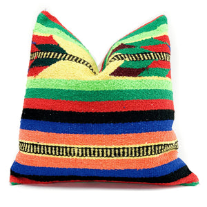 Yucatan Arrow Woven Pillowbest decor - HUNTEDFOX