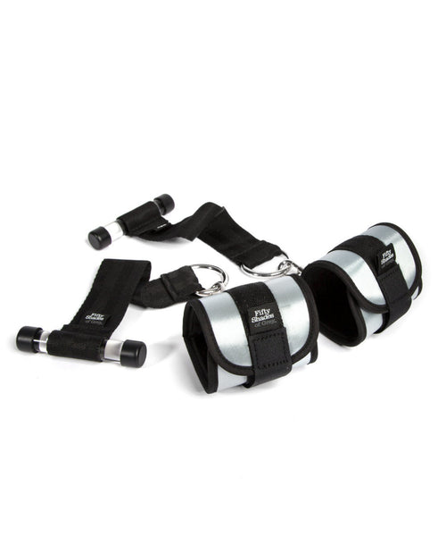 Ultimate Control Handcuff Restraint Set