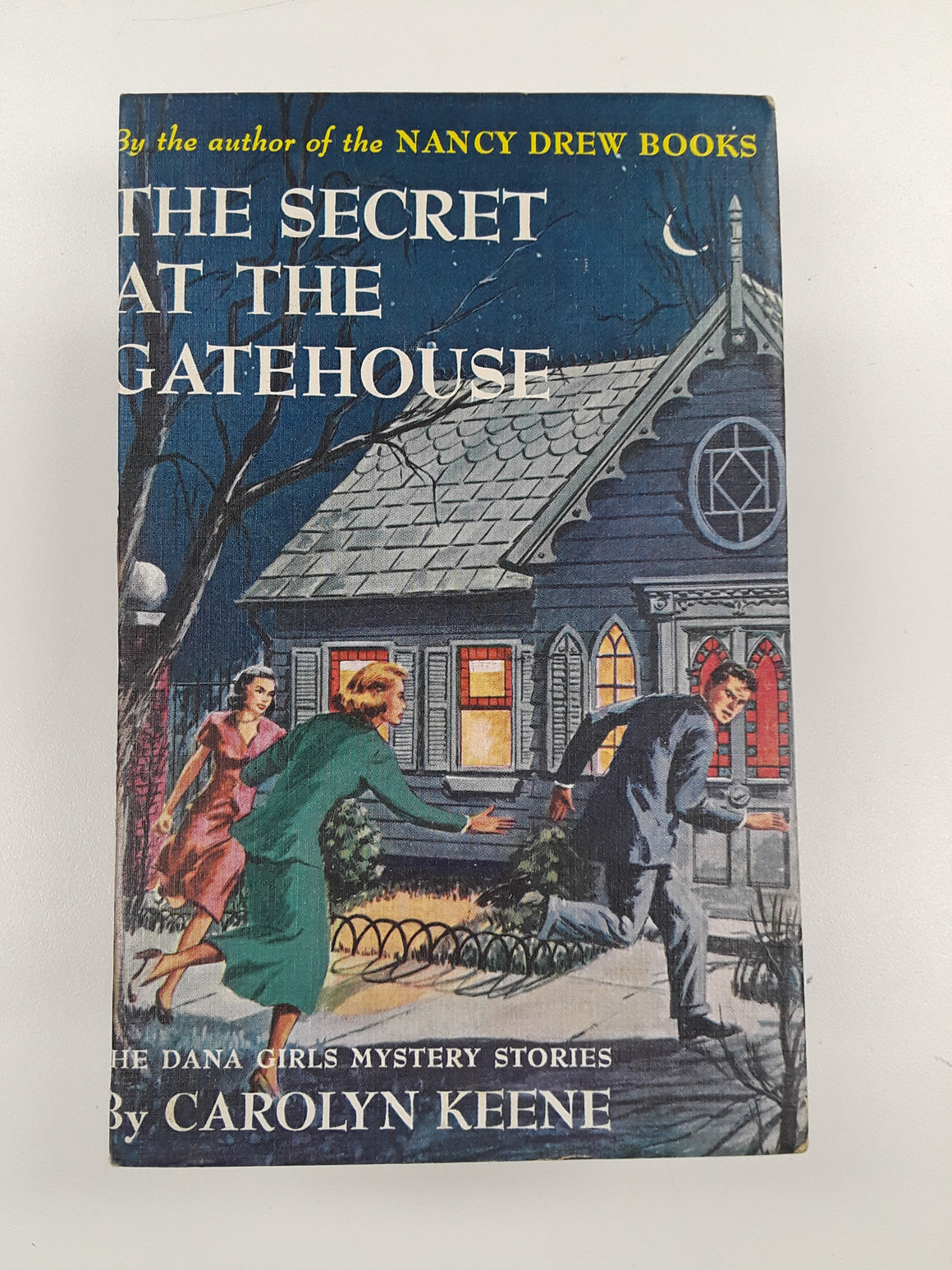 Nancy Drew - The Secret At The Gatehouse-Red Barn Collections