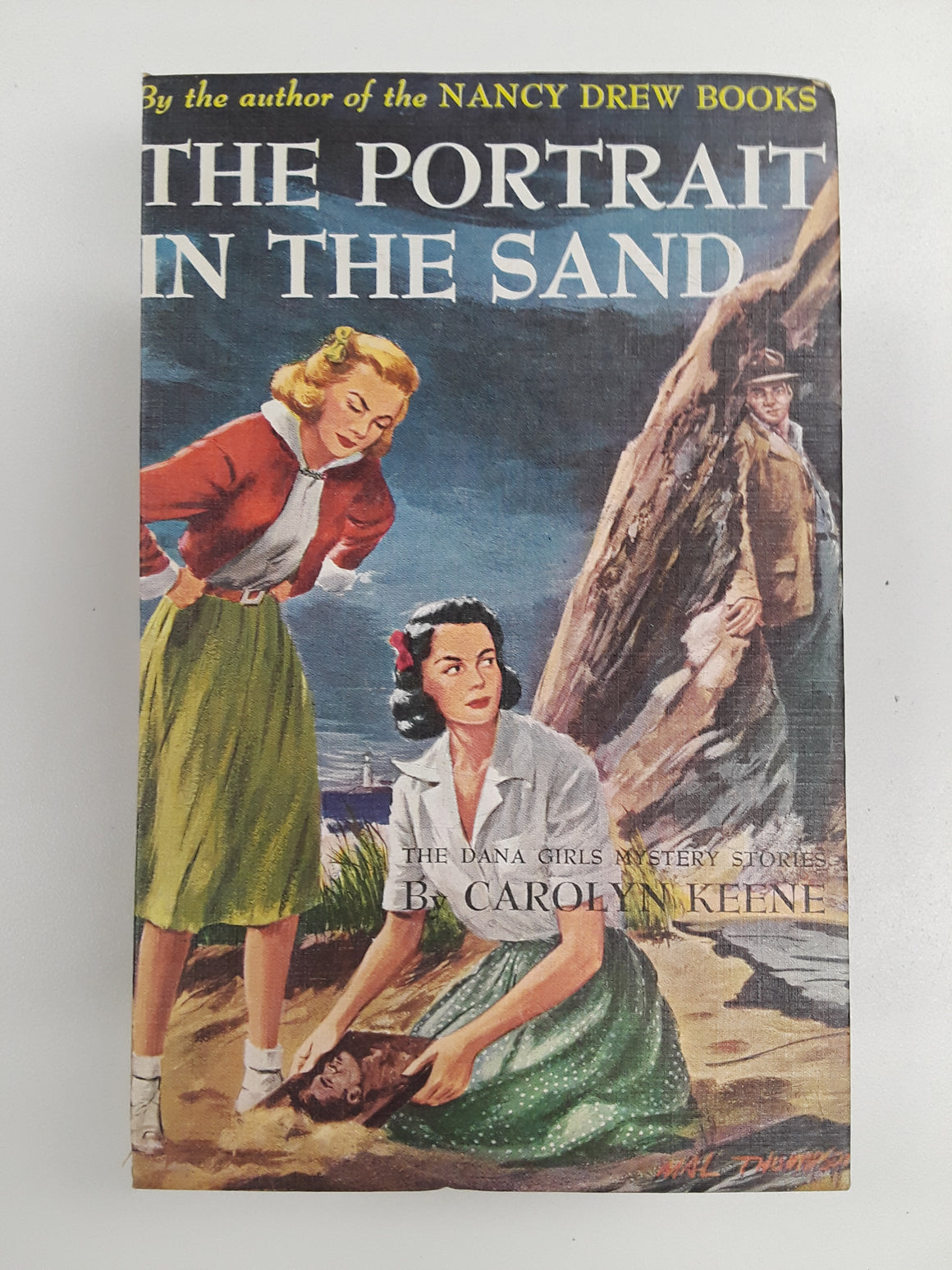 Nancy Drew- The Portrait in the Sand-Red Barn Collections